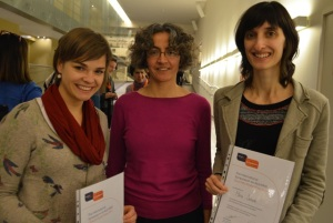 Poster prize winners Judith Machts (L) and Maria Salvado (R) with Belinda Cupid